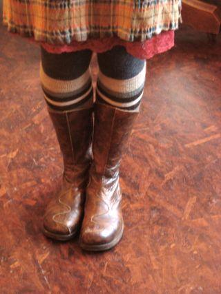 Susanna's boots