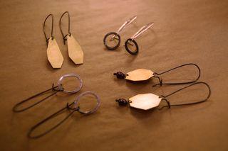Antigenre earrings