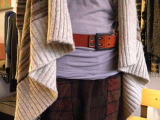 Line sweater, work skirt