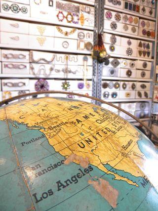 Globe in la