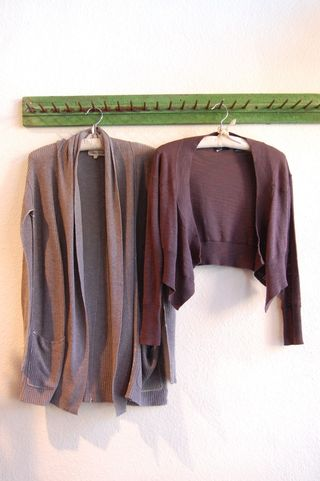 Label and thread and press sweaters