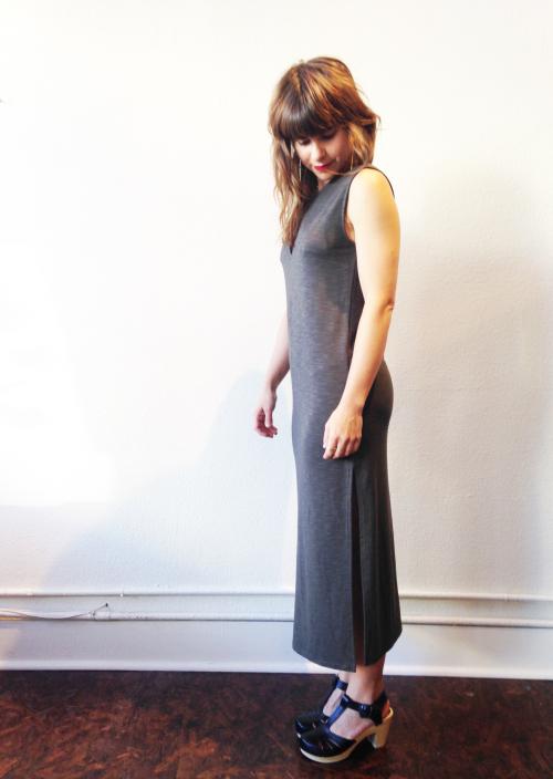 Column_dress_side