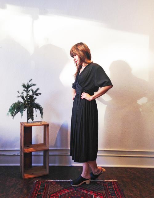 Mollye_bl_dress3